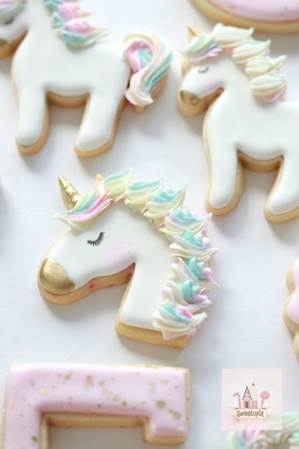 How to Decorate Unicorn Cookies with Royal Icing Video