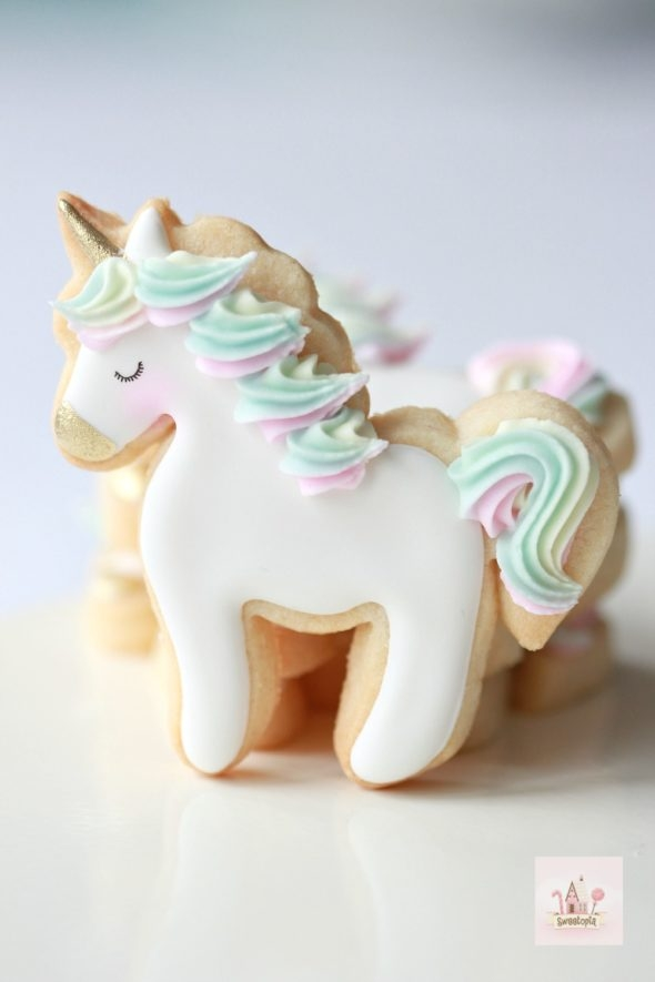Simple Unicorn Cookie Video How To