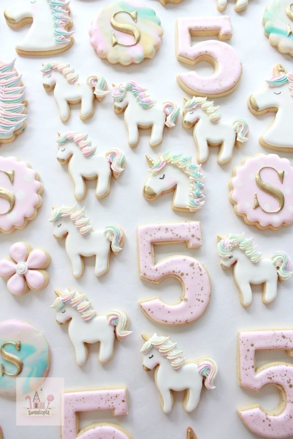 Video _ How to Decorate Unicorn Cookies