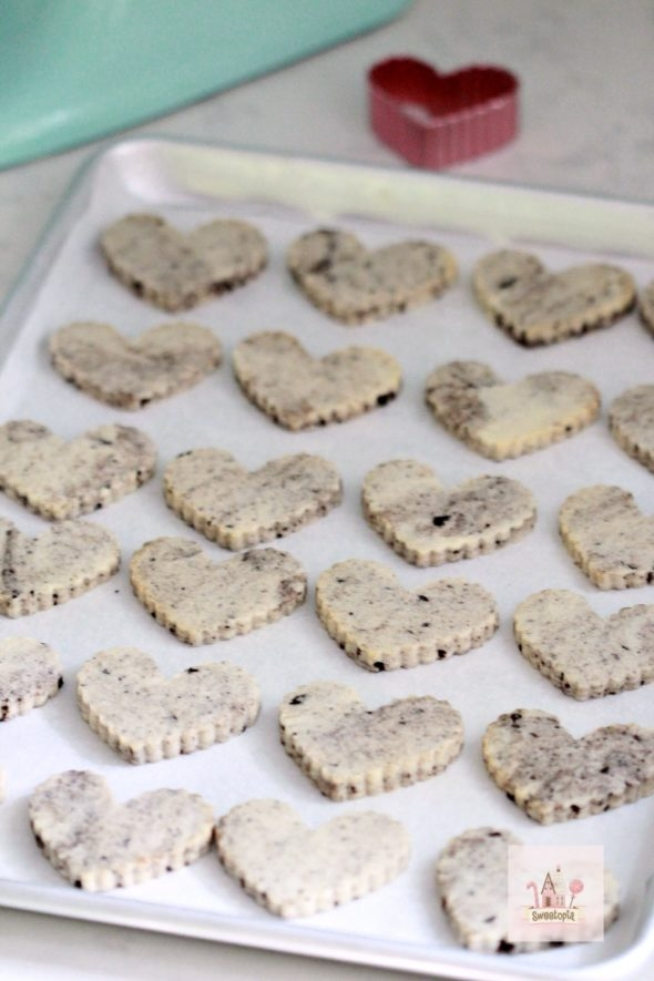 Cookies n Cream Cut Out Cookie Recipe Sweetopia
