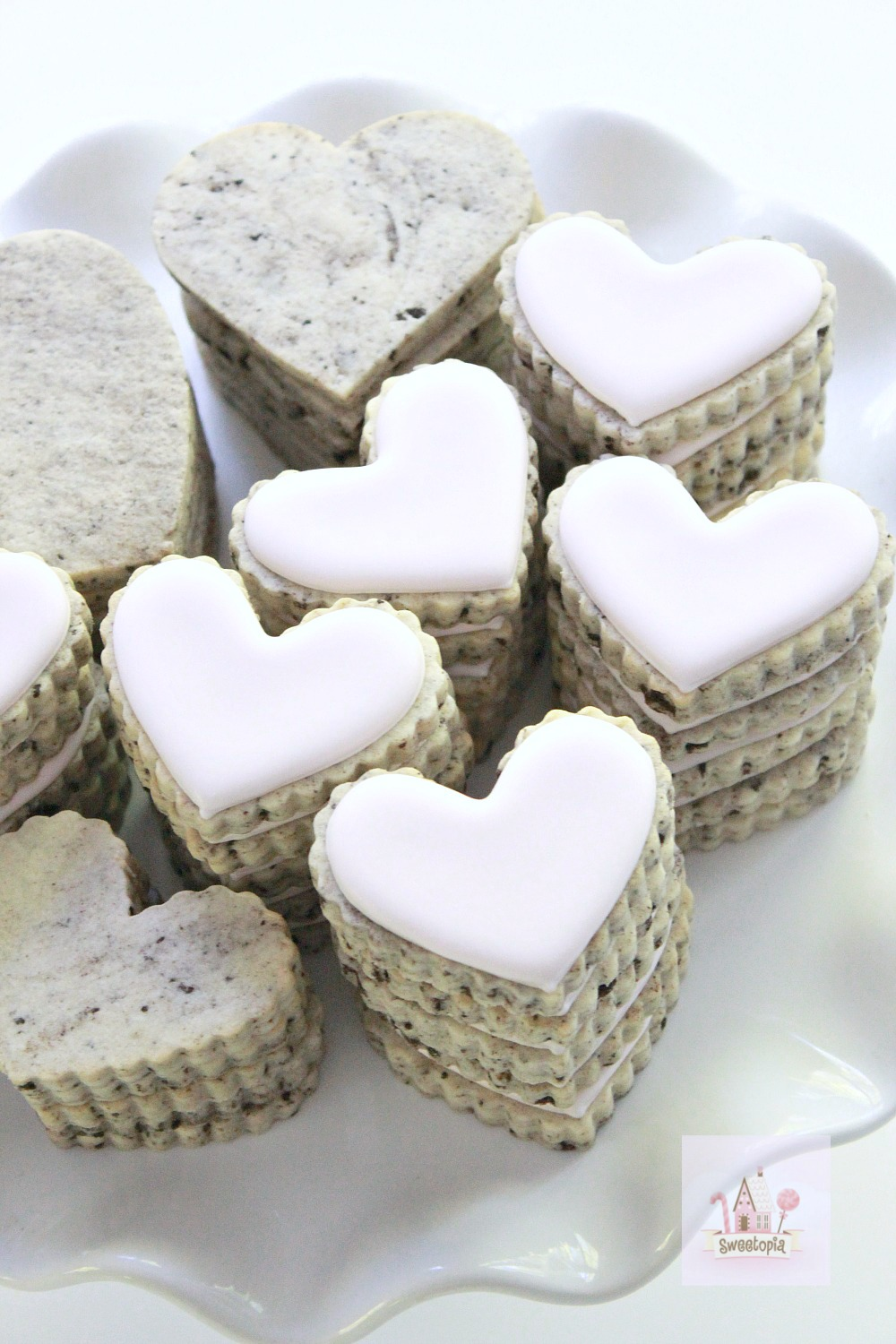 Cookies n Cream Cut Out Cookie Recipe _ Sweetopia