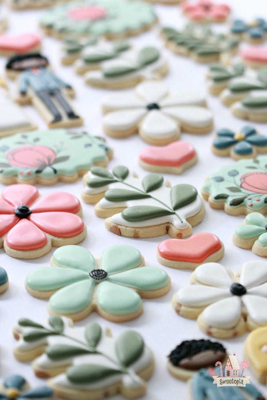Wedding Decorated Cookies Video Tutorial